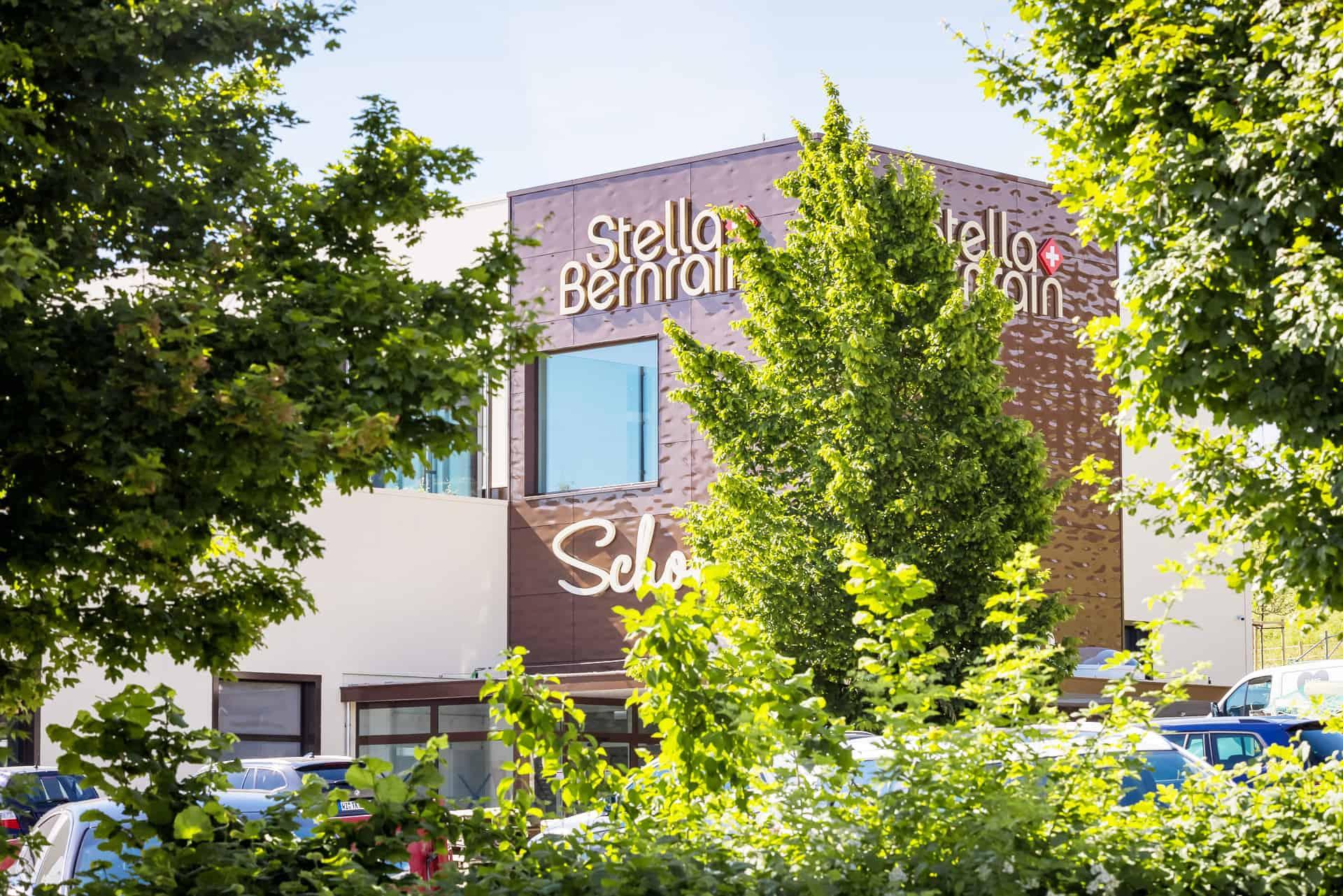 Stella Bernrain Fassade